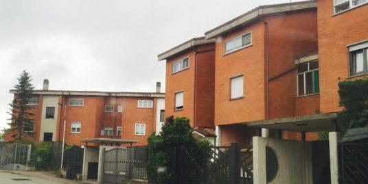 Nuova comunità appartamento di 100 mq con giardino privato