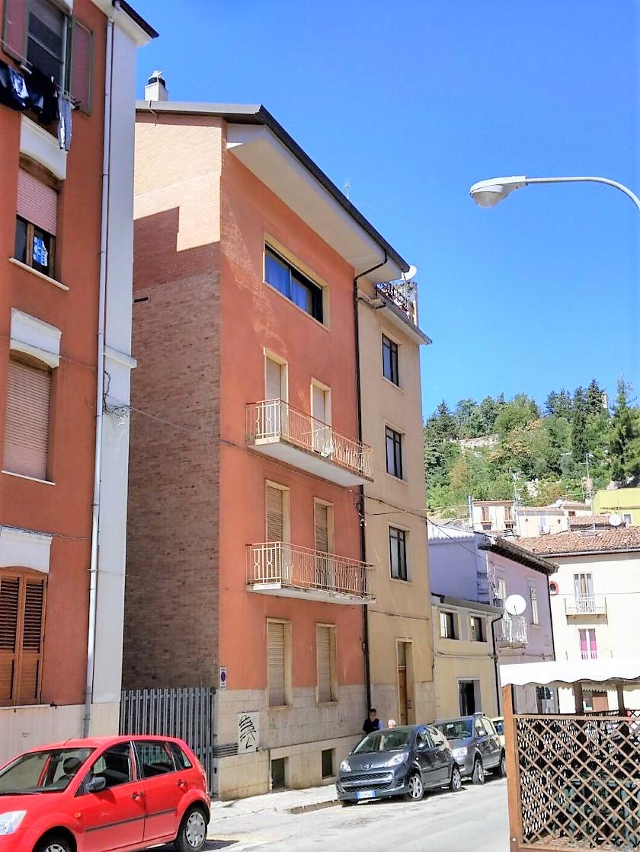 Zona Centro Via Torino 95 mq con cantina