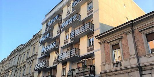Via Pietrunto nuda Proprietà di 160 mq totalmente ristrutturato con cantina