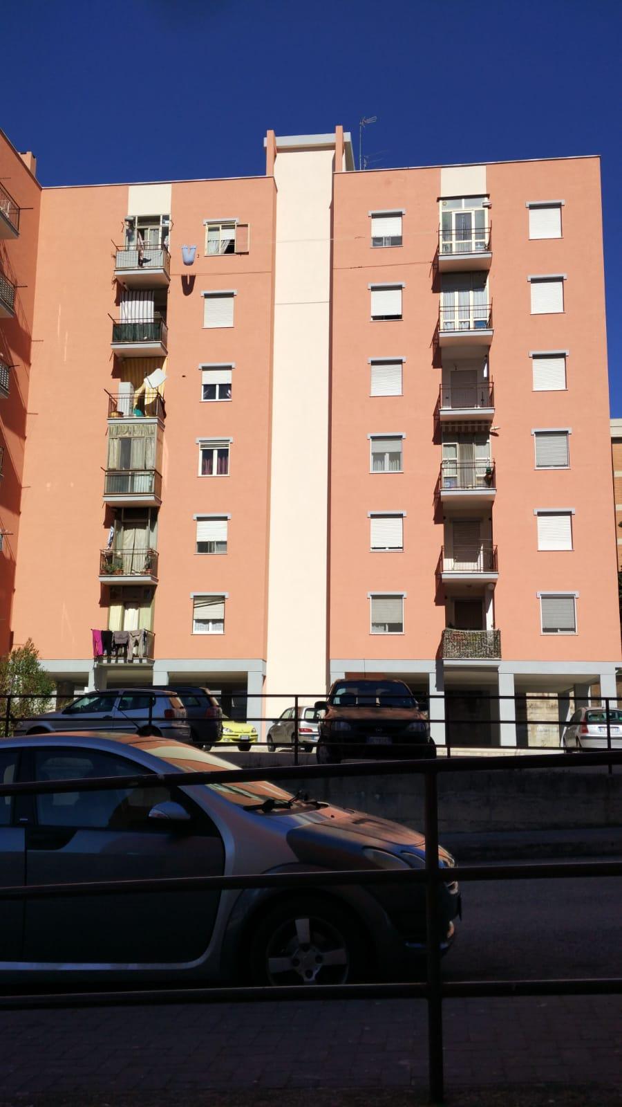 Zona S. Giovanni 125 mq con cantina ottima esposizione