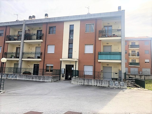 Mirabello recente costruzioni 95 mq con garage di 32 mq
