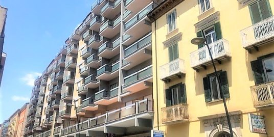 Nuda proprietà corso Mazzini 160 mq con terrazzo e cantina