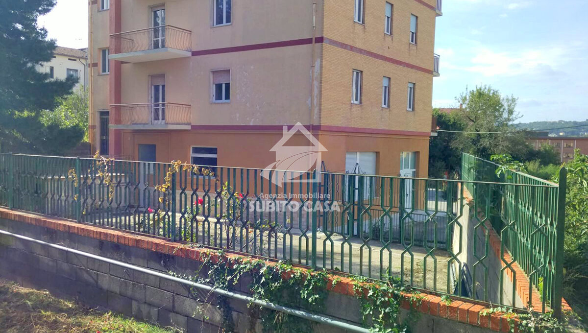 Cb-Via Piave 1532110