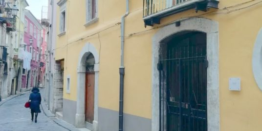 Intera palazzina – via ziccardi – 180.000€