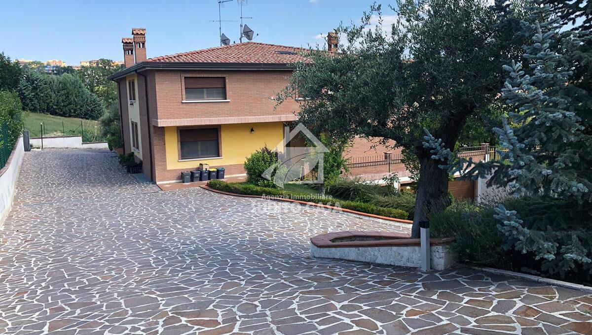 CB-Via Sant'Antonio dei Lazzari 432147