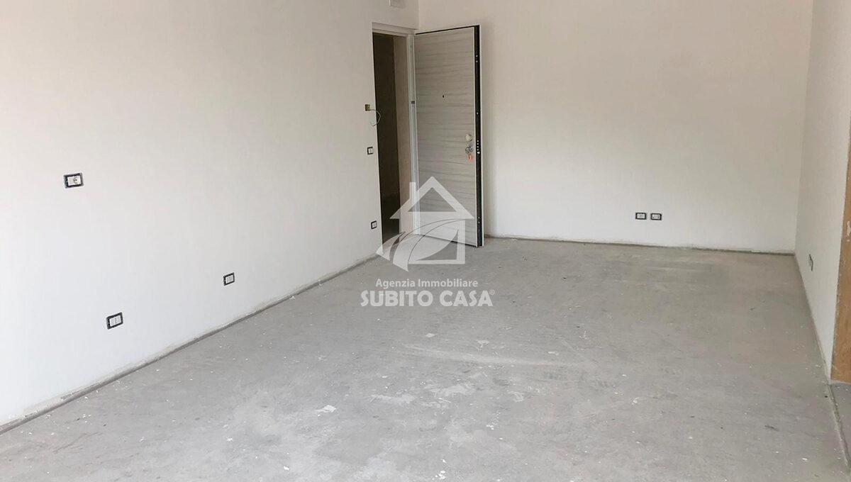 Cb-Via Garibaldi2 103215