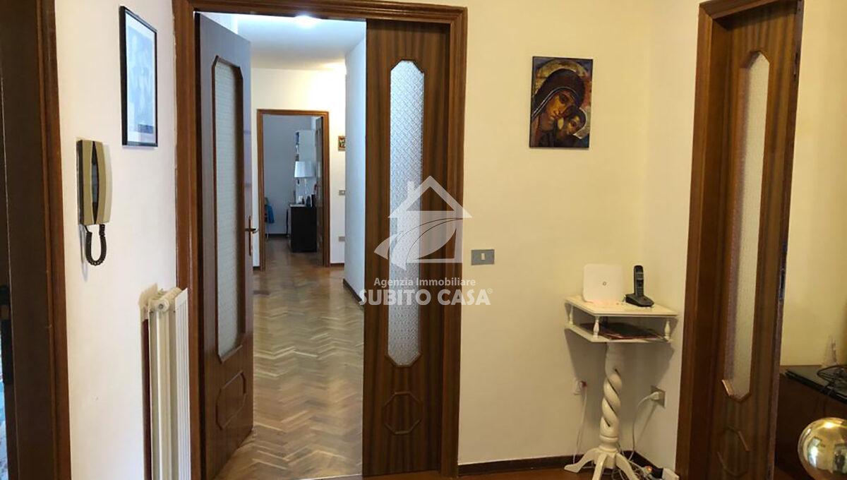 CB-Via Puglia 432119