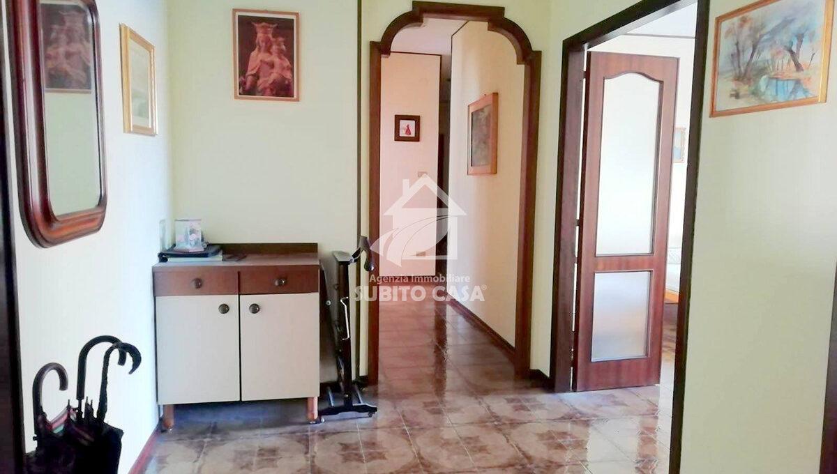 Cb-Via Pirandello33215