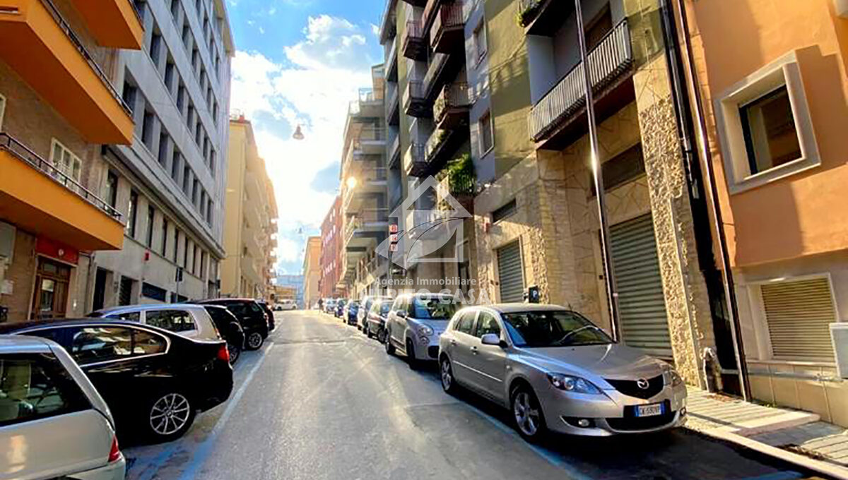 Cb-Via Zurlo 1532119