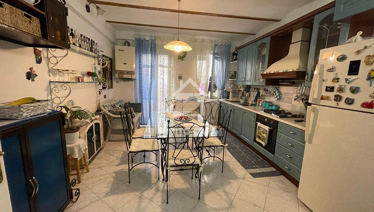 Cb-Via Sant'Antonio abate 204211