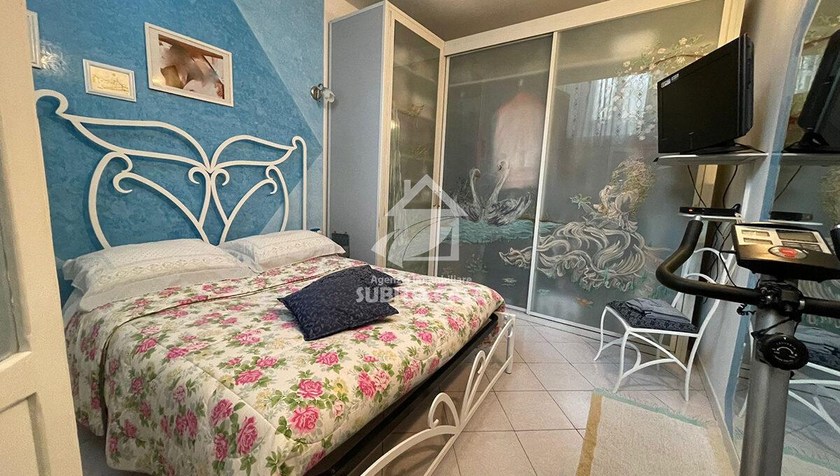 Cb-Via Sant'Antonio abate 2042112