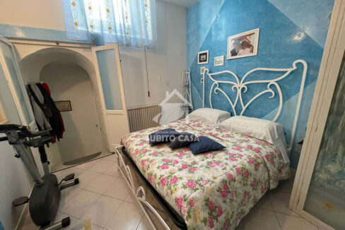 Cb-Via Sant'Antonio abate 2042114