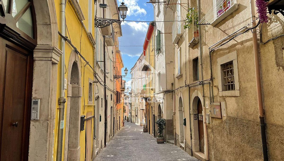 Cb-Via Sant'Antonio abate 2042115