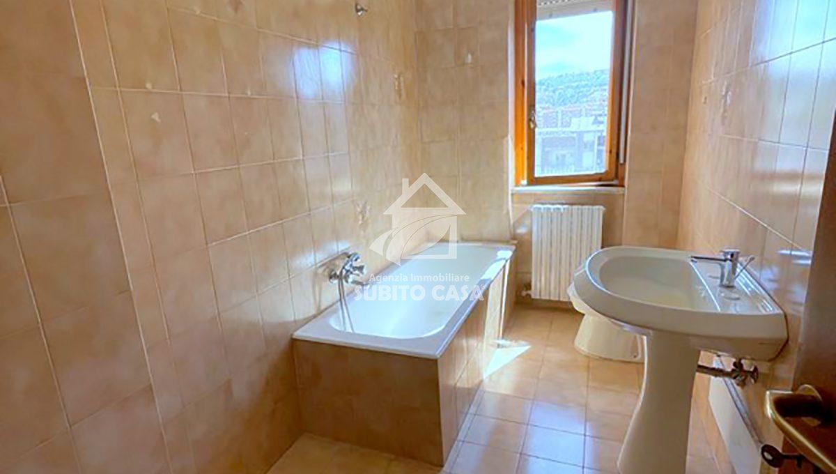 Cb-Via Toscana 862114